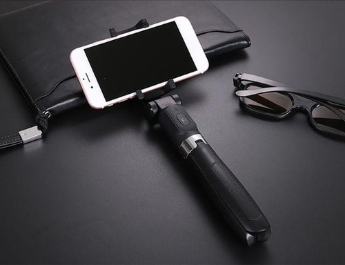 Brand New Wireless Selfie Stick for IOS and Android