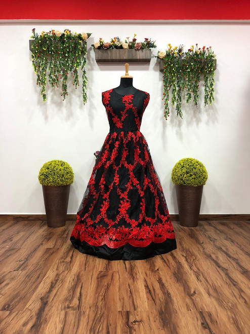 New 2021 Amazing Chinestich work sill Dress-Black