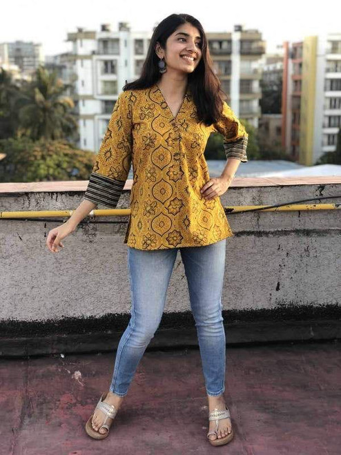 New 2021 Presenting Beautiful Western Top Wooden button, & beautiful sleeve-Top-Yellow-Size-M