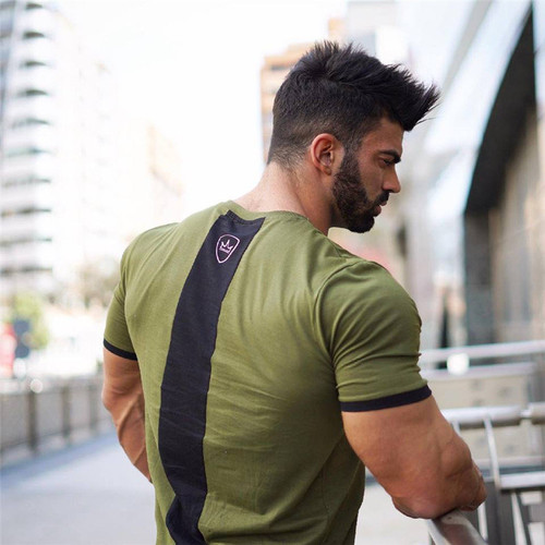 2018 NEW Men Summer gyms t-shirt Fitness Bodybuilding Crossfit shirts Stitching color O-Neck short sleeve brand tee tops fashion