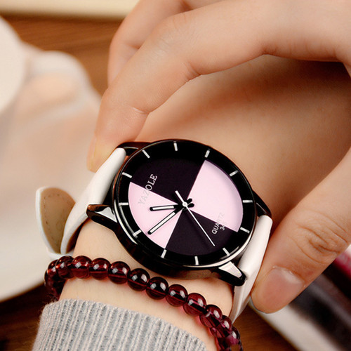YAZOLE 2017 Fashion Women Watch Black White Turntable Quartz Watch Students Watches High Quality YD345