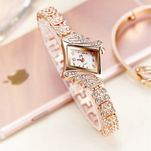 2017 JW Top Brand Women Bracelet Watches Luxury Rhinestone Gold Dress Watch Women Fashion Casual Alloy Quartz Wristwatches JW061