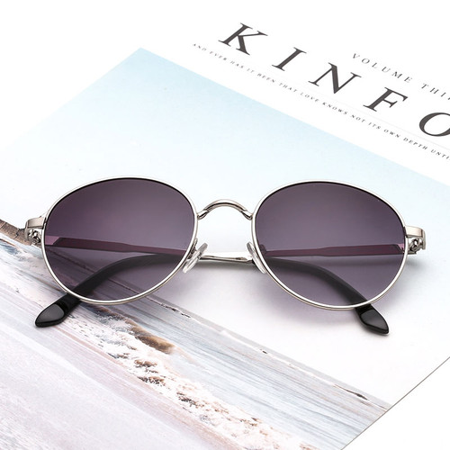 2018 New Round Metal Sunglasses Vintage Unisex Luxury Sun Glasses Retro Shades Wholesale Clearance Brand Designer High Quality