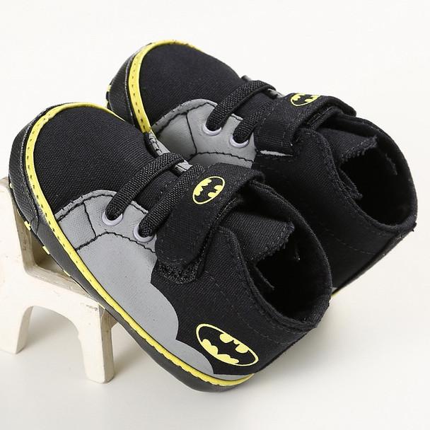 2017 New Fashion Cute Cartoon Superman Batman Spring Autumn Infant Toddler Crib Babe Boy Girl First Walkers Newborn Kids Shoes