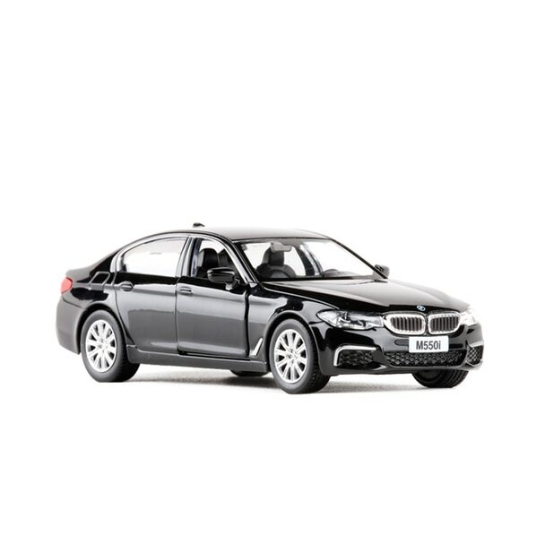 1:36 M550I Simulation Toy Vehicles Alloy Pull Back Mini Car Replica Authorized By The Original Factory Model Toys Collection