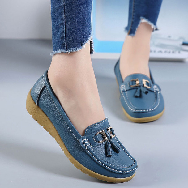 Women shoes 2018 new summer flats shoes woman soft bottom genuine leather slip on flats women tenis feminino mother shoes