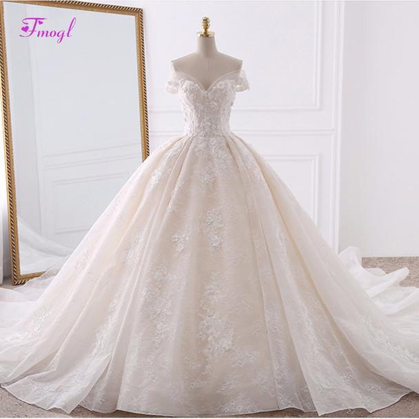 Vestido de Noiva Appliques Lace Flowers Princess Wedding Dresses 2018 Sweetheart Neck Pearls Royal Train Ball Gown Bridal Dress