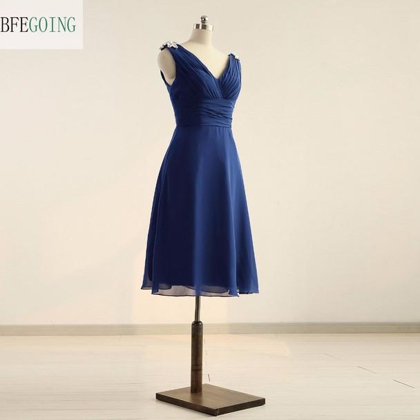 Blue Chiffon A-line Knee-Length Cocktail Dress  V-Neck Sleeveless Pleat Crystal  Real/Original Photos Custom made