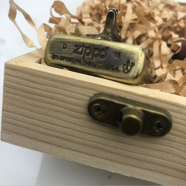 Deer head Kerosene Lighters Wall hanging Etching Pure Brass Copper Armor Cigarette Lighter Smoker Gift with wood box