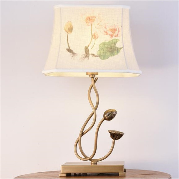 Classical Vintage Chinese Art Iron Lotus Flowers Cloth Led E14 Table Lamp for Living Room Bedroom Bar Tea House Deco H 52cm 1661
