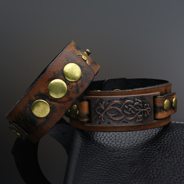 Bracelet Mens Punk Unisex Wide Rivet Leather Genuine Womens Wrap Bracelet Bangle homme Retro Khaki Color 2016 Fashion Jewelry