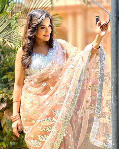 New 2021 Having a Beautiful Hanging Less With Embroidery Paper Mirror Work Saree-Orange