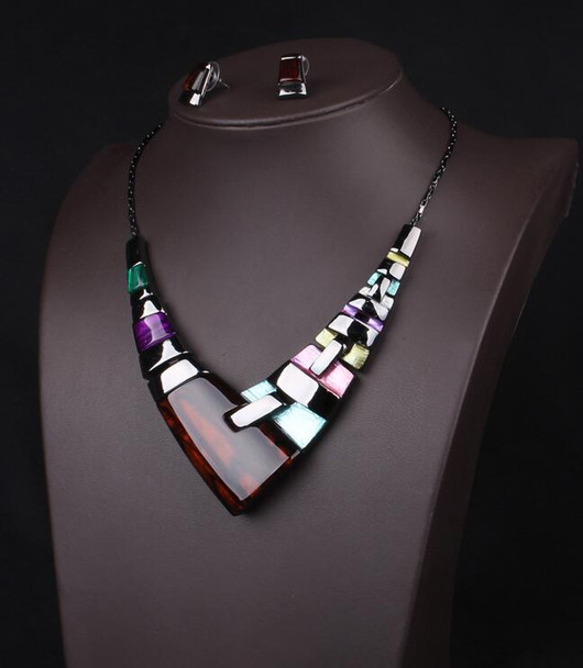2017 new Fine Jewelry sets New Fashion Filled Rhinestone Crystal Acrylic Geometric Necklace Earring Jewellery Set For Women gift