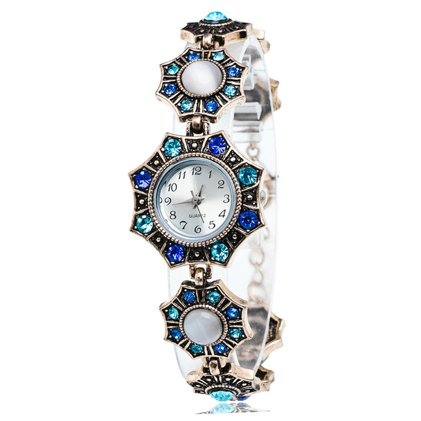 New Women Top Brand Luxury Watch Fashion Vintage Quartz Watches rhombus  Diamond-encrusted Bracelet Watch wist Watches