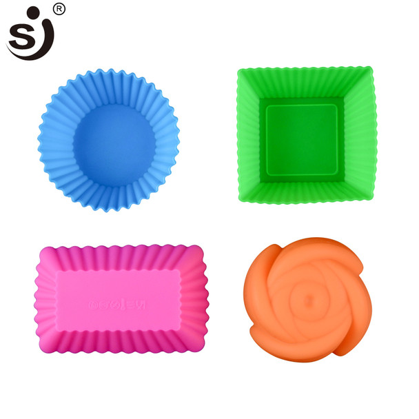 12pcs Silicone Mold Heart Cupcake Soap Silicone Cake Mold Muffin Baking Nonstick and Heat Resistant Reusable Silicone Cake Molds