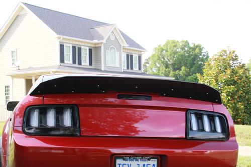 05-09 GT500 Wickerbill Spoiler