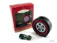 1999 Hallmark Keepsake Ornament - Hot Wheels Jet Threat Car With Case