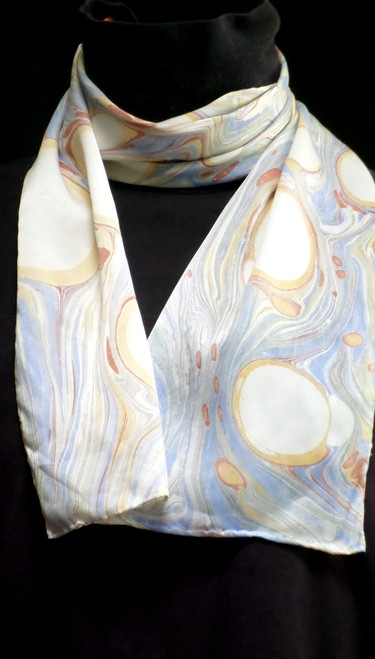 Large marbled bubbles scarf