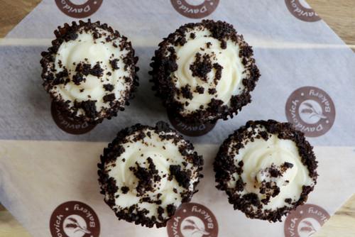Chocolate Cupcake 4 pack