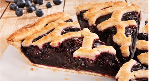 "Thanksgiving Blueberry Pie 10"""