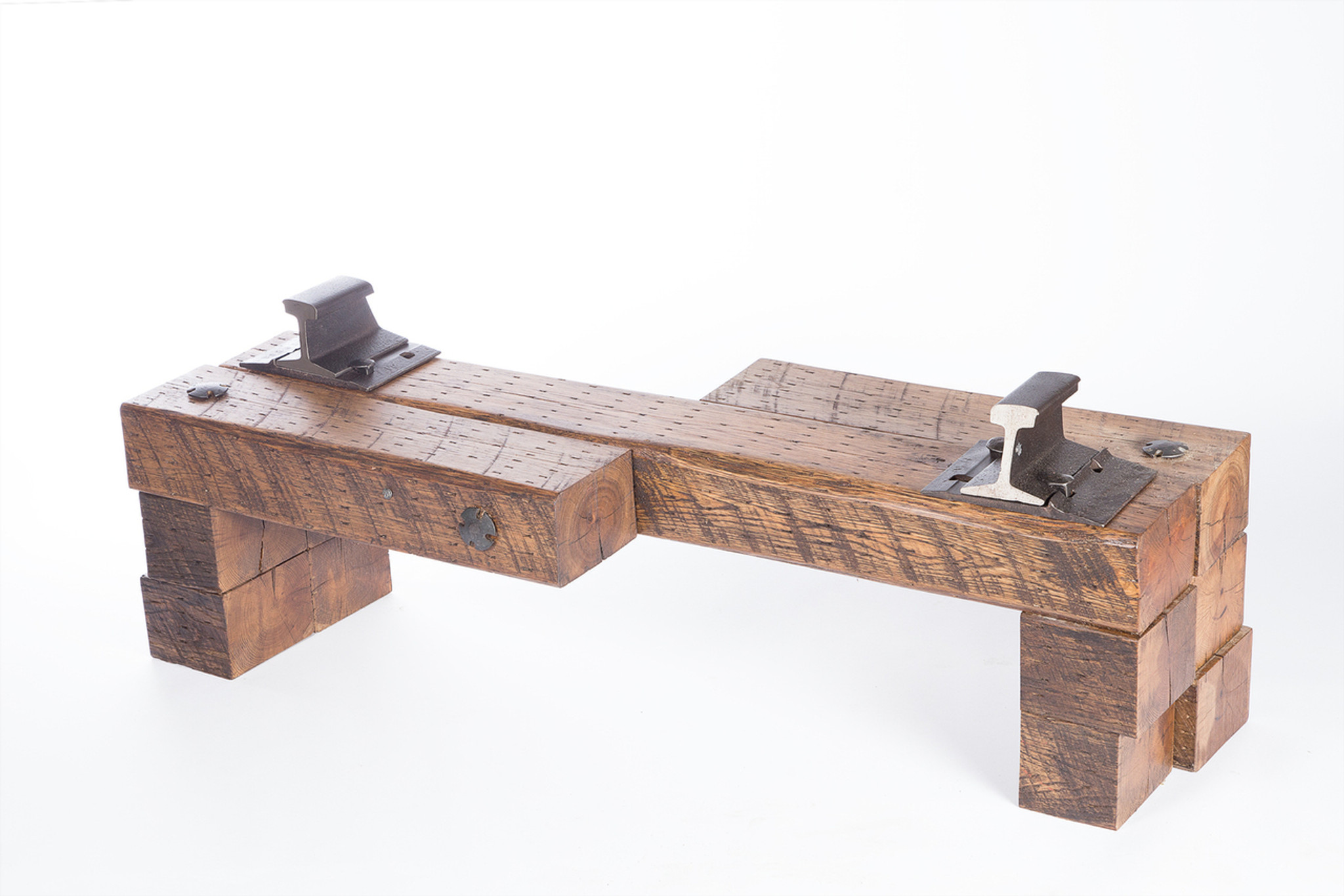 yin yang nested bench for opposite facing conversation and discussion