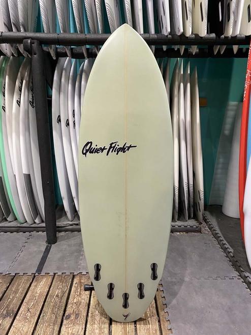 5'7 QUIET FLIGHT DOUBLE AGENT SURFBOARD (59557)