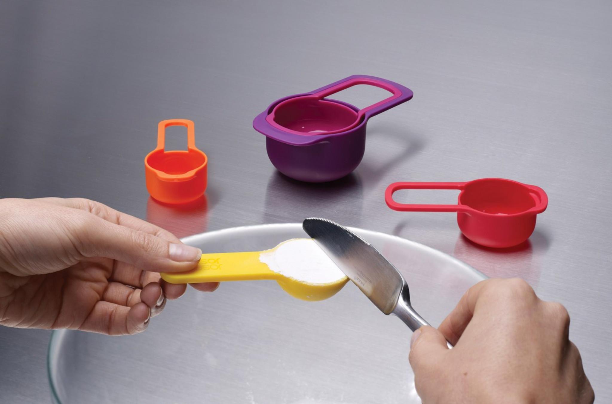 Joseph Joseph Nest™ Cups - MultiColour 8 piece