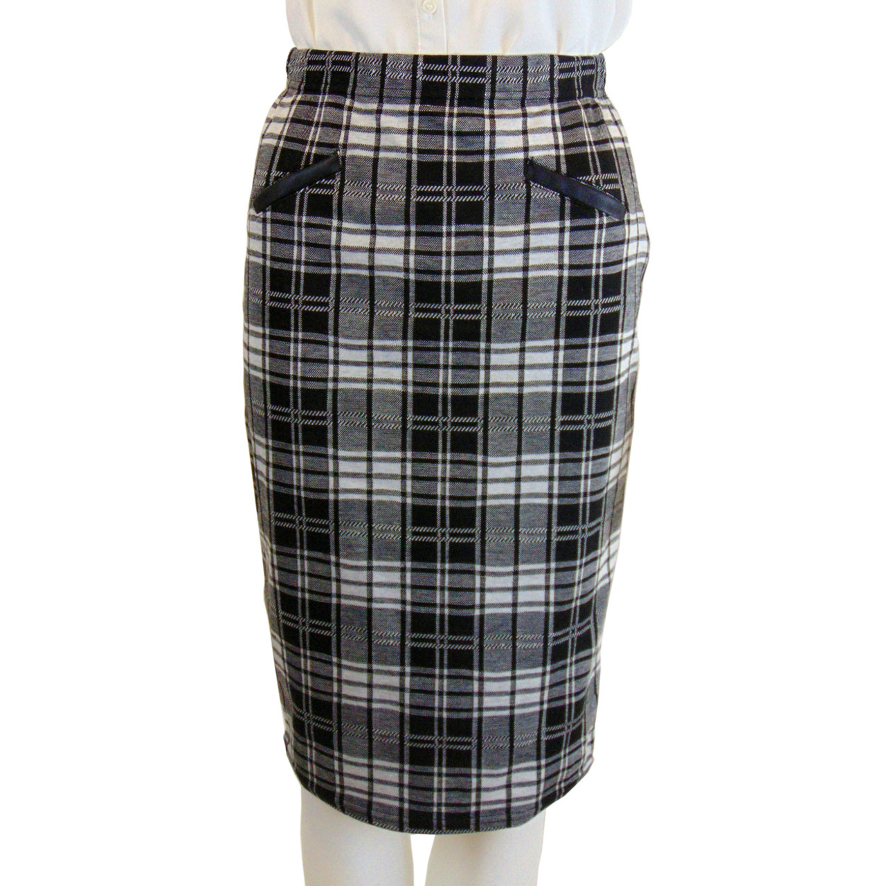 aed5b61cac3a NEW Suzy Shier White and Black Plaid Skirt Size S