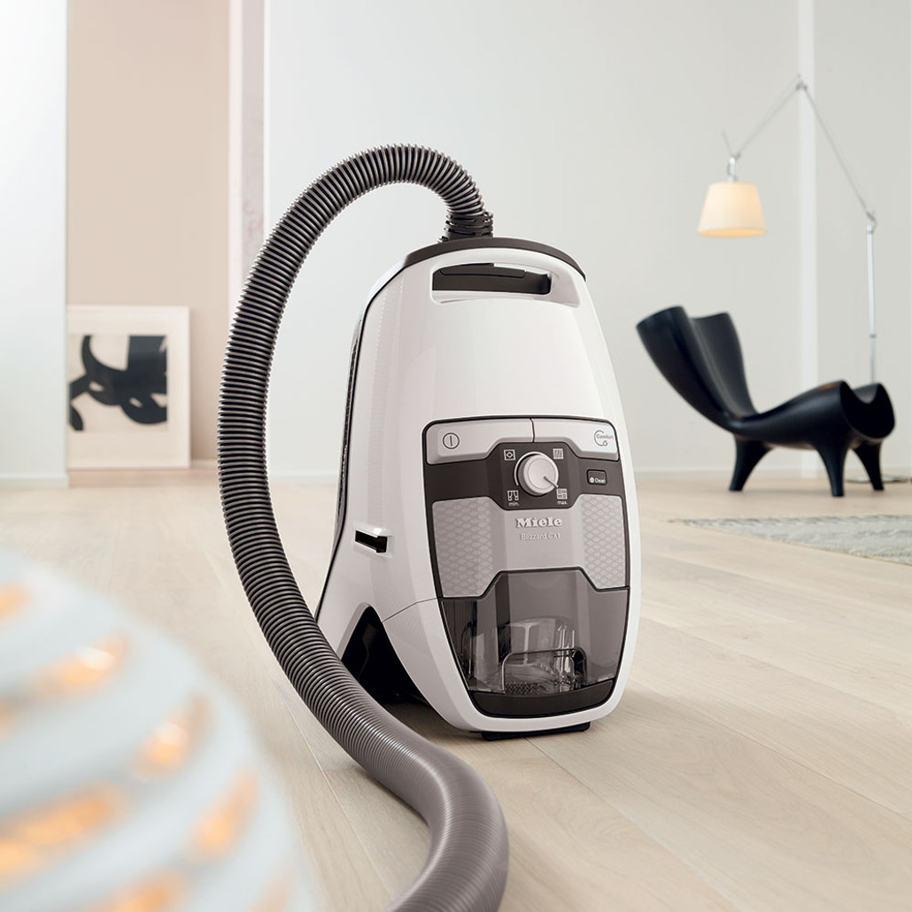 Miele Blizzard CX1 Cat & Dog Bagless Canister Vacuum Cleaner w/ FREE Overnight Delivery!