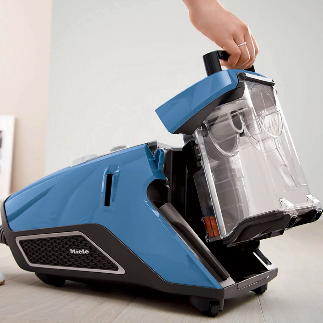 Miele Blizzard CX1 Turbo Team Bagless Canister Vacuum Cleaner w/ FREE Overnight Delivery!