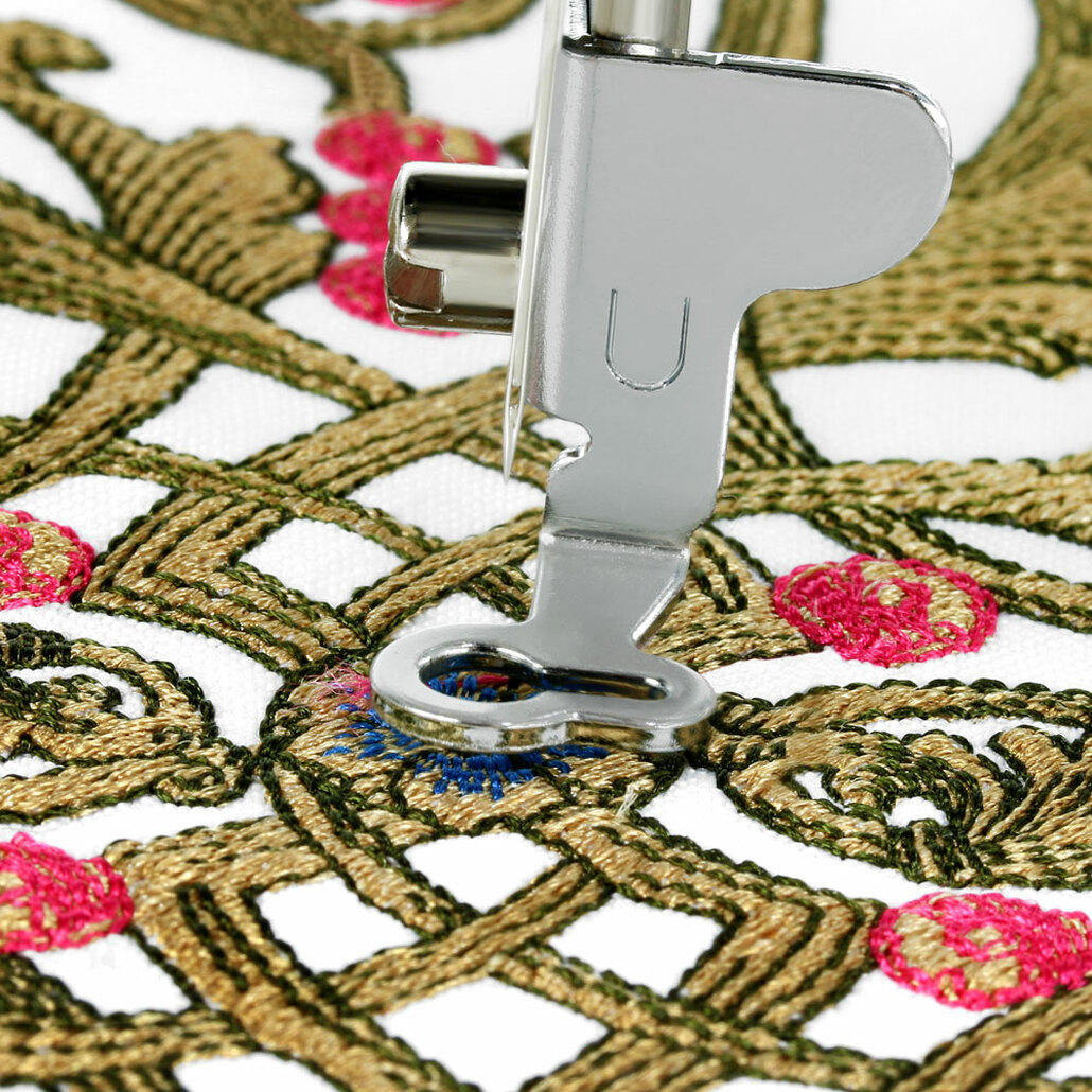 Brother Innov-ís NQ1700E (NQ 1700E) Embroidery Machine / Optional Grand Slam Embroidery Package