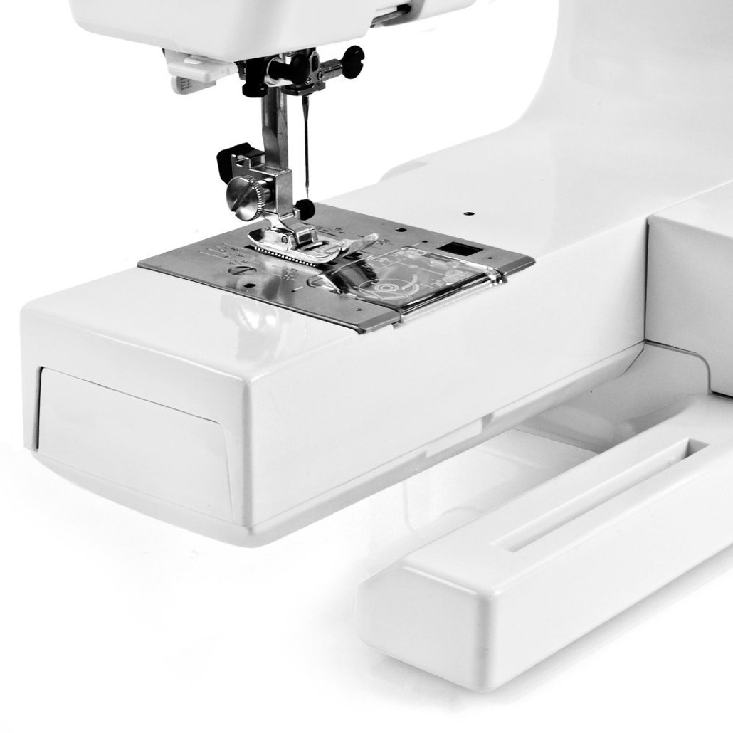 Janome HD3000 Heavy Duty Sewing Machine w/ FREE! 5-Piece V.I.P Reward Package and FREE! 2nd-Day Shipping
