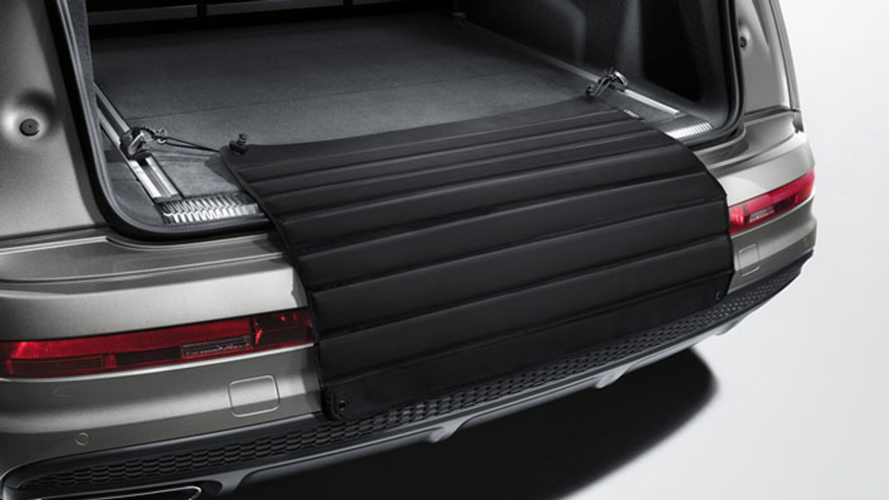 Audi Universal Load Sill Protective Mat