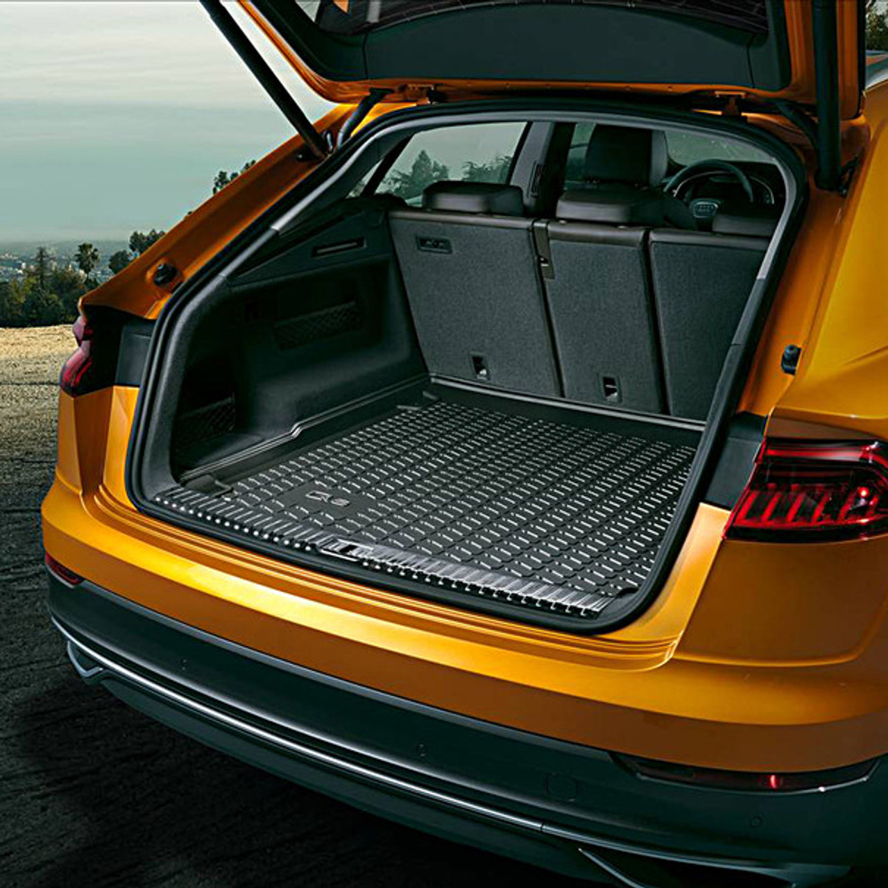 Audi Q8 Semi Rigid Boot Liner