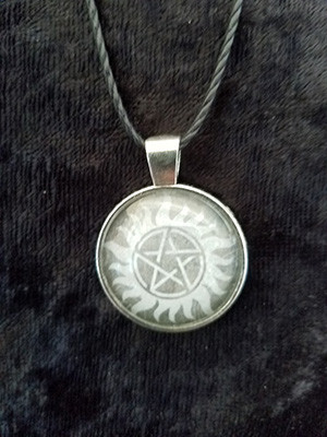 Supernatural - Anti-possession sigil (dome necklace)