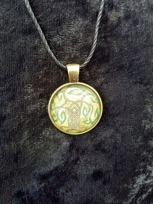 Celtic Knot work Tree (dome necklace)