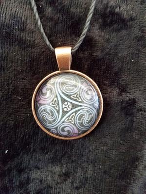 Celtic Triskelion (dome necklace)