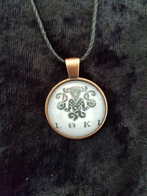Loki (dome necklace)