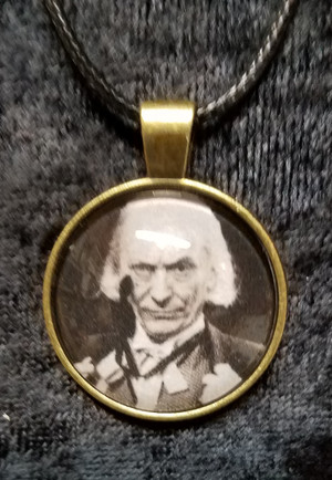 Doctor Who - William Hartnell - 1st Doctor (dome necklace)