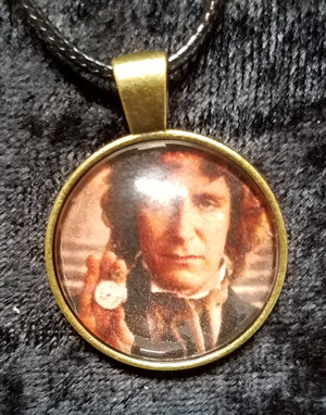 Doctor Who - Paul McCann - 8th Doctor (dome necklace)