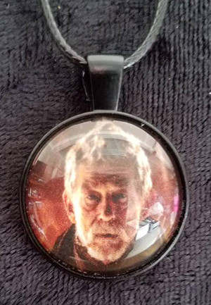 Doctor Who - John Hurt - War Doctor (dome necklace)