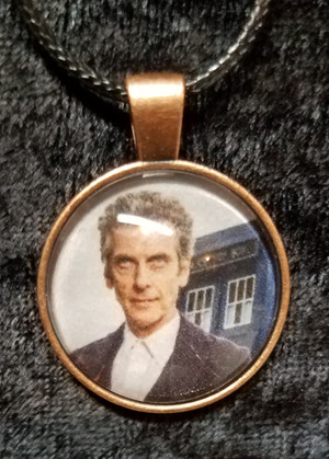 Doctor Who - Peter Capaldi - 12th Doctor (dome necklace)