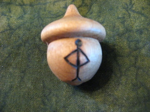 Ogham Acorn - Or/Spindle