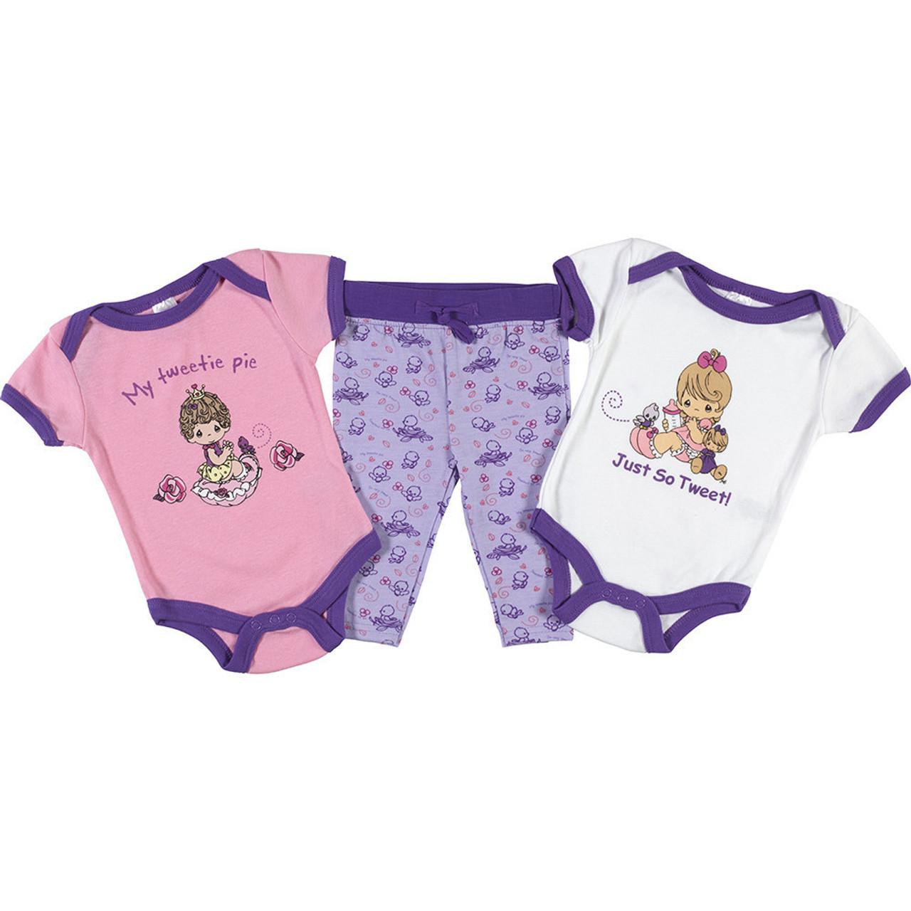 Disney Winnie The Pooh Baby Girls 3-Piece Layette Set