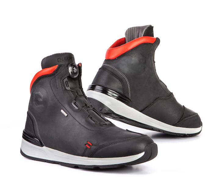 Eleveit Versus Boots - Black / Red