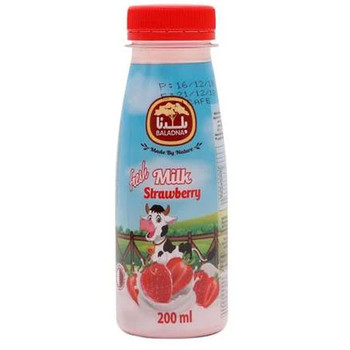 Baladna Fresh Milk Strawberry Bottle 200ml