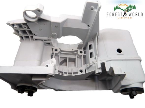 Stihl 029,MS 290,039,MS 390 crankcase cradle engine housing OEM 1127 020 3003