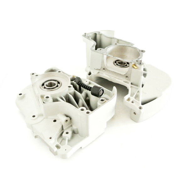 Crankcase Engine Housing for Stihl MS380 038 Chainsaw 1119 020 2103