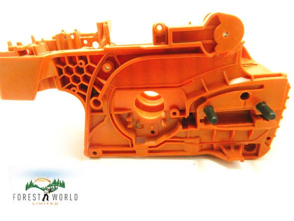 Crankcase Crank Case cradle Engine housing For Husqvarna 340 345 350 Chainsaw OEM # 537172003