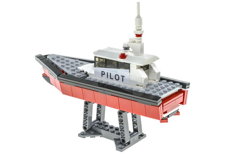 Wave-Piercing Pilot Boat (2018)